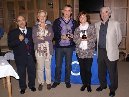 Aurora Montilla y Julio Moya, pareja campeona en el Torneo Bienvenida Senior