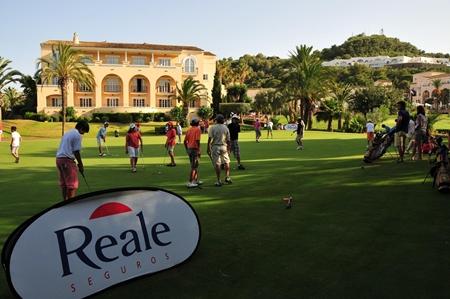 El golf español aguanta bien la crisis