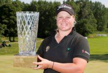 La sueca Caroline Hedwall logra su segunda victoria en cinco semanas
