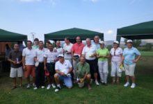 David Baixauli y el equipo de Equelite, ganadores del Circuito de Pitch & Putt de la CV