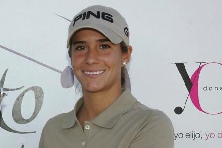 Azahara Muñoz sigue por buen camino en el Kingsmill