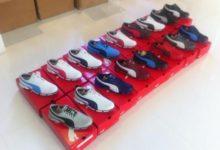 Las pisadas de un campeón: Poulter enseña su nueva colección de calzado