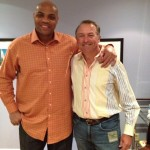 Ken Duke con Sir Charles Barclay componente del 'Dream Team'  de la NBA
