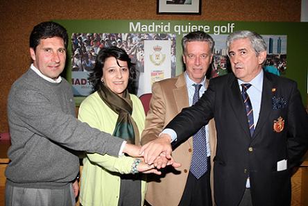 Gonzaga Escauriaza, a la derecha, junto a Ignacio Guerras y Olazábal.