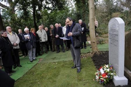 Peregrinos a Escocia para visitar la tumba de Arnaud Massy, el campeón del Open Británico