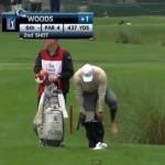 Tiger Woods se dio este 'Chapuzón' para sacar el par en el hoyo 6 del Honda Classic