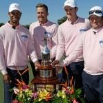 Equipo campeón de la Tavistock Cup 2013, con Tiger Woods
