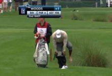 'Chapuzón' de Tiger Woods para par en el hoyo 6 del Honda Classic