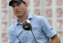 Furyk prueba llevar 2 drivers en Augusta, como Mickelson