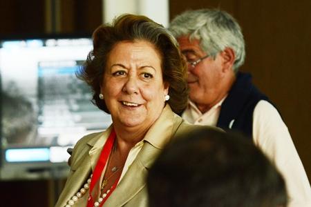 Rita Barberá, en la Sala de Prensa durante su visita al Parador de El Saler