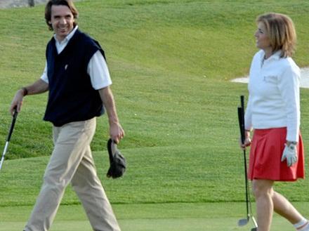 Aznar y su mujer Ana Botella. Foto: vanitifayr.es