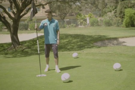 Los jugadores del Real Madrid protagonizaron un vídeo promocional del futgolf gracias a uno de los patrocinadores del club