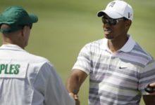 Tiger va a por todas al US Open: inspeccionó Merion