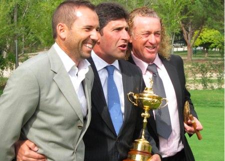 Sergio García, Olazábal y Jimenez, con la Ryder Cup. Foto: OpenGolf