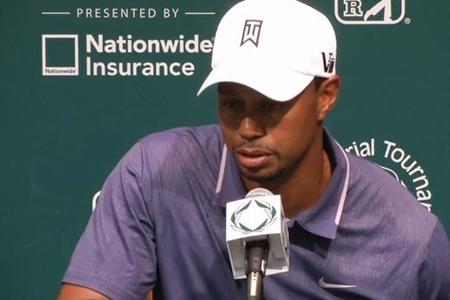 Tiger Woods durante la rueda de prensa