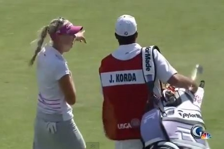 "Jessica Korda con su ""nuevo"" caddie"