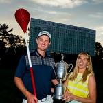 Justin Rose junto a su mujer, Kate, tras ganar el US Open