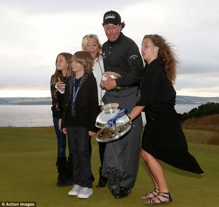 Phil Mickelson trofeo Foto Action Images 2