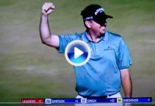 ¿El golpe del torneo? Garrigus embocó un putt kilométrico desde fuera del green para eagle (VÍDEO)