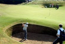 Rory McIlroy también exprime el tiempo practicando los bunkers de Muirfield