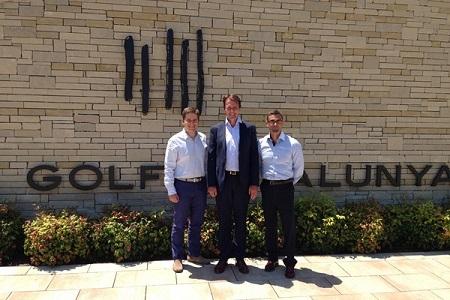 David MacLaren (centro), Julio Delgado (dcha.) y  Miguel Girbes (izqd)