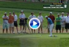 La suerte se alió con Jones, la bola rebotó en las rocas y se fue directa a bandera (VÍDEO)