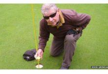 Hoyo en uno de un golfista totalmente ciego