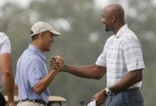 Obama jugó 18 hoyos con el astro NBA, Alonzo Mourning