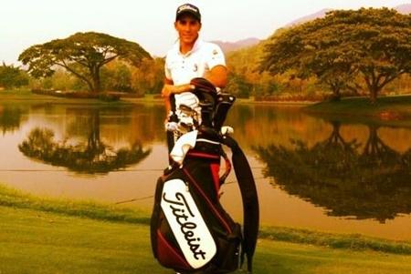 Carlos Pigem Gran dia de golf en Chiangmai