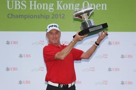 Miguel Ángel Jiménez Campeón en Hong Kong 2012 Foto Asian Tour