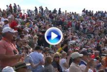 El Coliseum rugió con DeLaet y Jones, rozaron el Hoyo en Uno en el 16 (VÍDEO)
