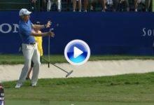 Cuando un mal golpe se convierte en eagle. No se pierdan el gesto del jugador (VÍDEO)