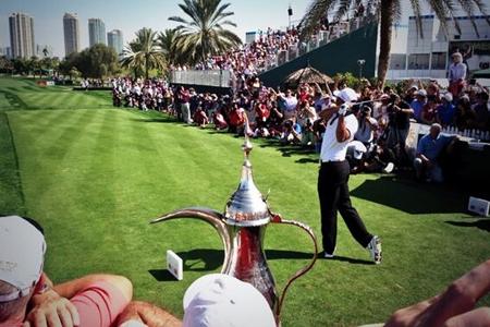 Tiger Woods durante el Champion's Challenge en Dubai