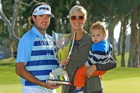 Bubba Watson, su esposa Angie y Caleb. Foto: Northern Trust Open