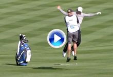 James Hahn celebró por todo lo alto su eagle en Pebble Beach (VÍDEO)