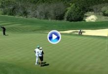 Golpe del Día: Furyk dio la fuerza y la línea perfecta a este putt desde 20 metros (VÍDEO)