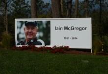 El Open de España paró a las 15:40 en homenaje a Iain McGregor, caddie fallecido en Madeira