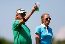 El amor está en el aire. Jiménez y su esposa, Susanne, juntos en el ProAm del Lyoness Open