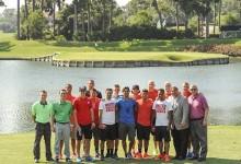 La selección de fútbol de EE.UU. se atrevió con el 17 de Sawgrass. Más bolas para el lago (VÍDEO)