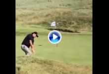 Mickelson volvió a deleitar al público practicando su mágico Backward Shot (VÍDEO)