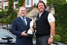 Mickelson todo un sibarita: Se bebió una botella de vino de 40.000$ en la Claret Jug, trofeo del Open