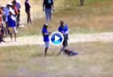 Ser voluntario tiene sus riesgos. Uno de ellos recibió un bolazo de Tiger en plena cara (VÍDEO)
