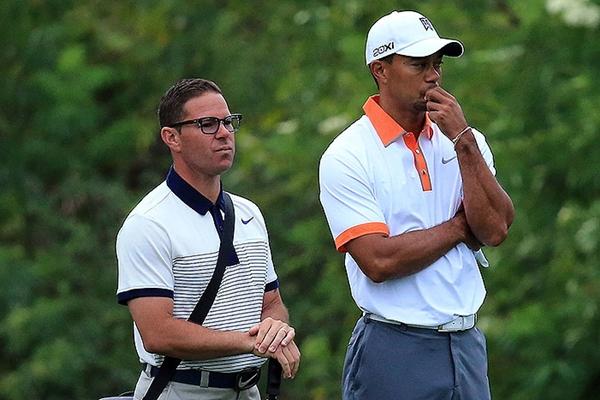 No corren buenos tiempos para Tiger. Woods anuncia la ruptura con su entrenador Sean Foley