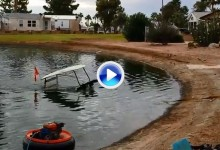 Este buggie es una ruina. Tuvieron que sacarlo de un lago después de que se hundiera en él (VÍDEO)