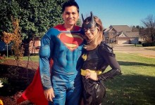 Jason Day y su esposa Ellie son Superman y Batman en Halloween