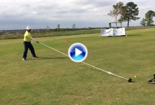 Nuevo récord mundial: un hombre golpea una bola de golf con un driver de más de 6 metros (VÍDEO)