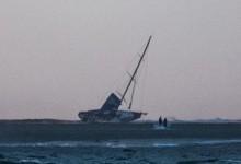 Rescatada la tripulación de Team Vestas Wind después de que su barco embarrancara