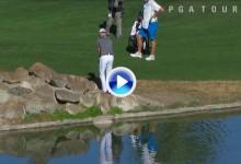 Zach Johnson intentó el golpe imposible encima de unas rocas… sin éxito y con doblebogey (VÍDEO)