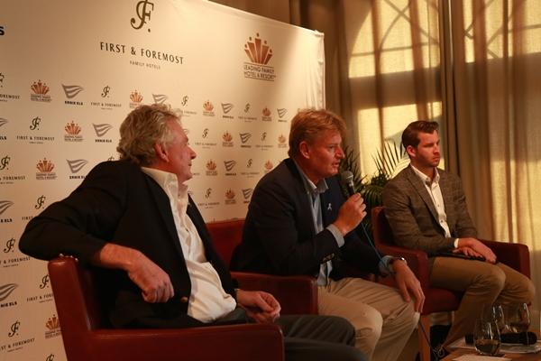 Ernie Els en la presentación en Dubai