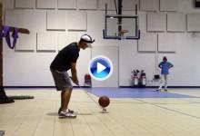 Los Bryan Bros se atreven con todo: Trick Shots hasta en una cancha de baloncesto (VÍDEO)